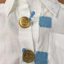ボタンとループで着る服